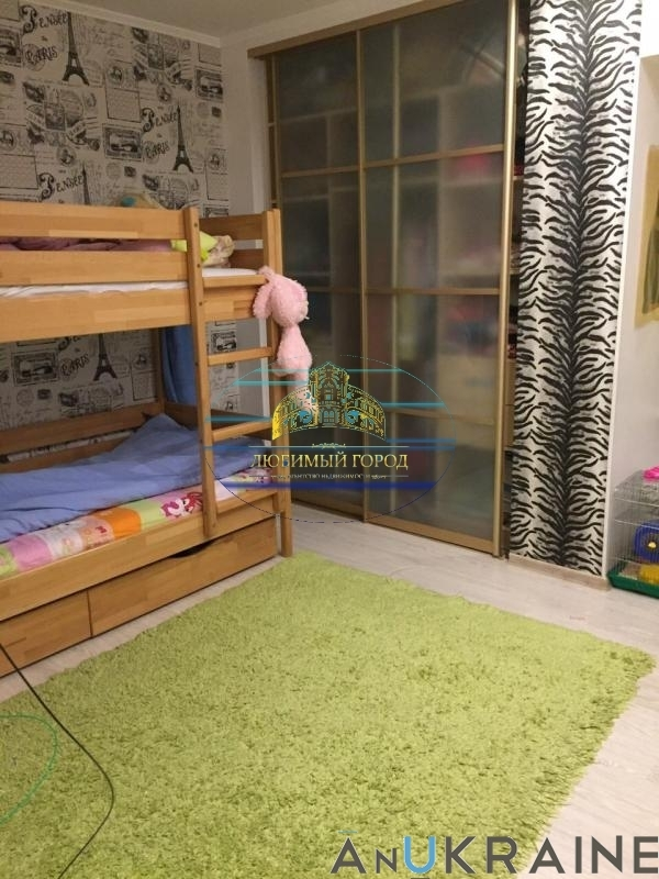 продажа трехкомнатной квартиры номер A-64277 в Приморском районе, фото номер 8